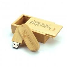 Деревянная коробка для флешки